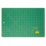 This 12″ x 18″ green, self-healing cutting mat (11″ x 17″ grid) is double sided and offers the convenience of imperial measurements on one side and metric on the other. 3 ply green mat. Double sided - imperial on one side, metric on the other. Protects cutting surface and extends the life of cutting tools. Convenient 30°, 45° and 60° markings on the imperial side of the mat.
